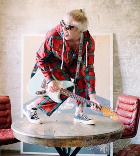 Stotsky - рок-исполнитель, музыкант , автор песен, независимый артист